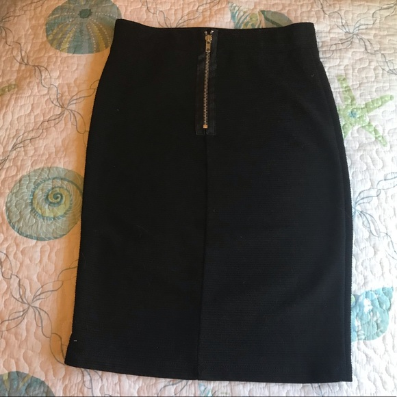 Joe Benbasset Dresses & Skirts - Joe benbasset black elastic waist pencil skirt